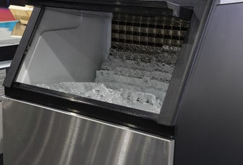 commercial grade ice machine